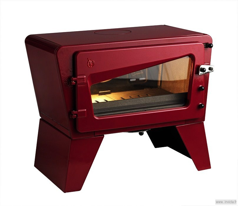 Печь-камин LE CH'TI POELE красная эмаль Invicta